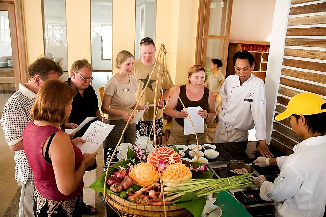 COOKERY TOUR (HALF DAY)